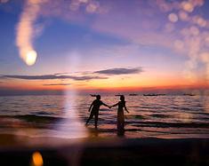 拥抱夕阳一一行摄北海涠洲岛