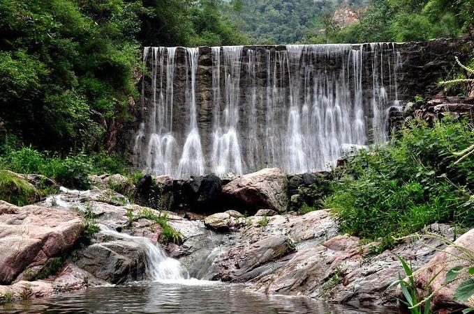 河南九里沟:山奇水阔图片