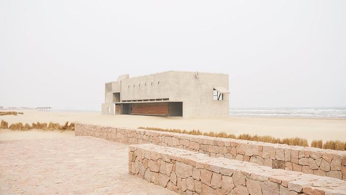 三联书店海边公益图书馆图片