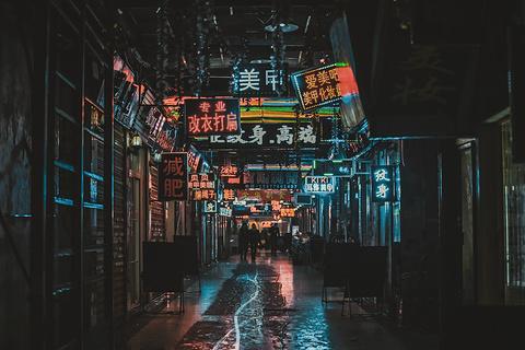 保成路夜市旅游景点攻略图