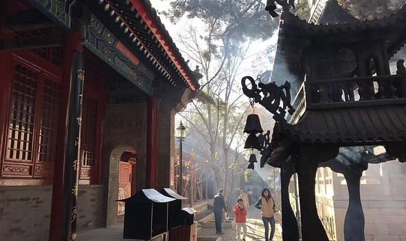 上香祈福 | 求财求姻缘,转运保平安——据说北京这5个寺庙最灵验!