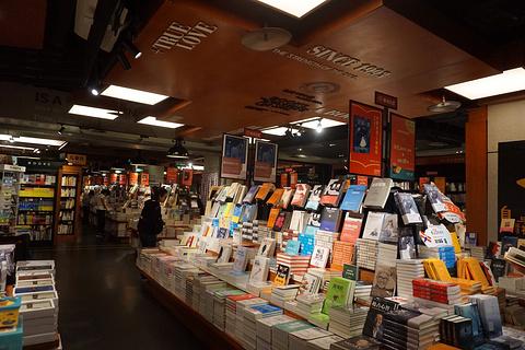 西西弗书店(北城天街店)旅游景点攻略图