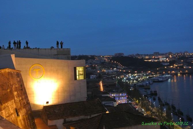 波尔图夜景图片
