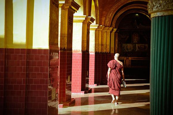 马哈穆尼寺旅游图片