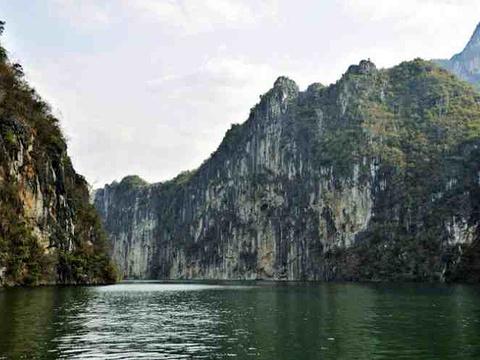 花江大峡谷旅游景点图片