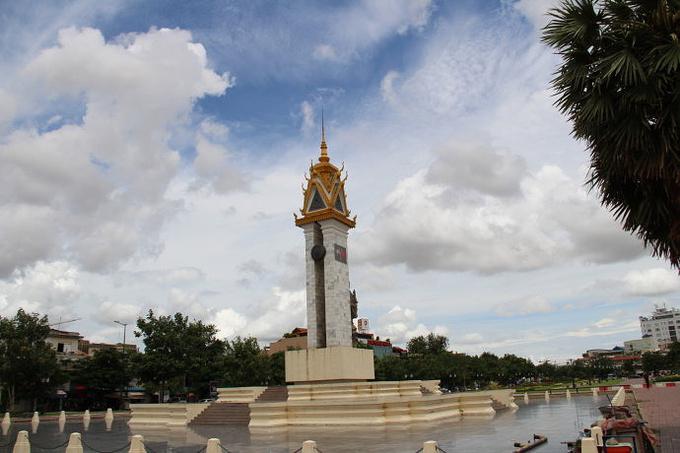 独立纪念碑图片