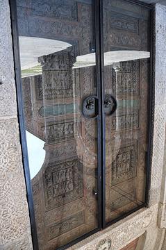 圣安布罗斯大殿旅游景点攻略图