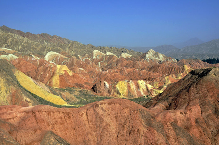 2018张掖丹霞地貌是国内唯一的丹霞地貌与彩色丘陵景观复合区 无限