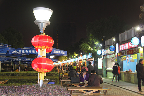 台湾美食街旅游景点攻略图