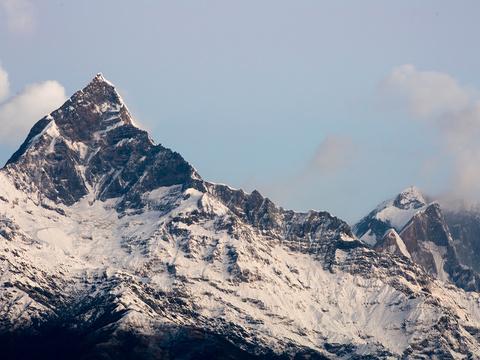 鱼尾峰旅游景点图片