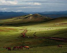 观赏蓝天,行走蒙古
