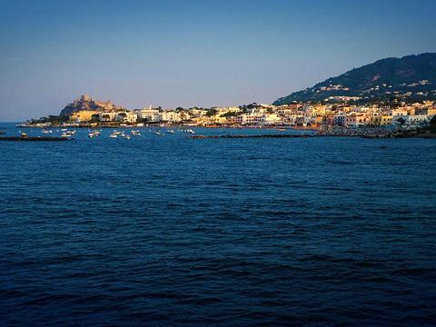 伊斯基亚岛旅游景点图片