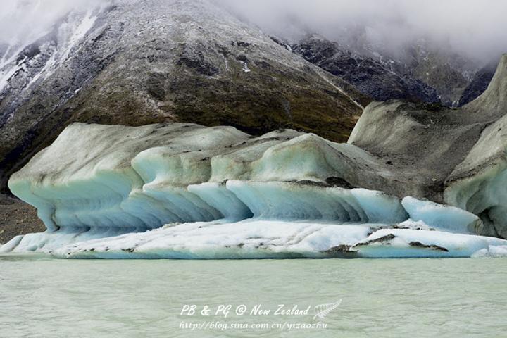 """""""大家即将看到的冰山实际是始于300年前的积雪_塔斯曼冰川""""的评论图片"""