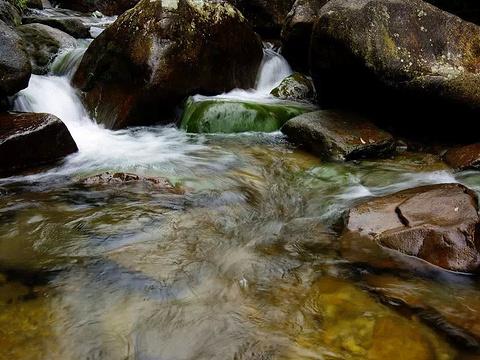十八水原生态景区旅游景点图片