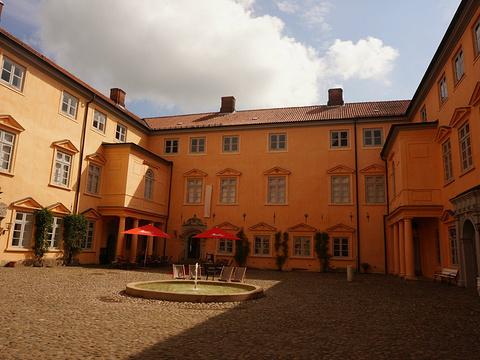 奥伊廷城堡旅游景点图片