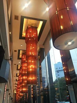 湖锦酒楼(楚河汉街店)旅游景点攻略图