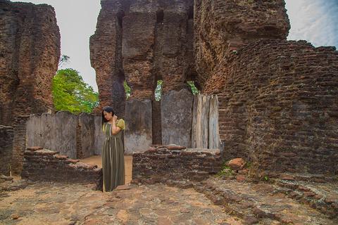 波隆纳鲁沃古城皇家宫殿旅游景点攻略图