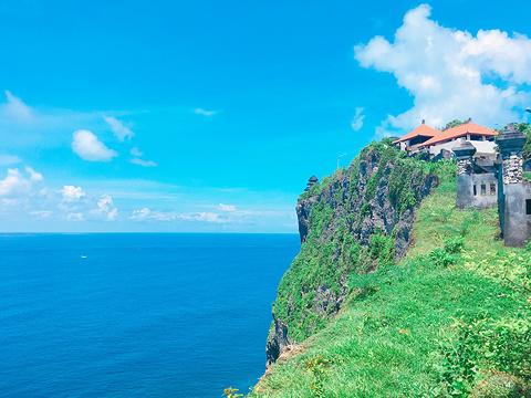 乌鲁瓦图断崖旅游景点图片
