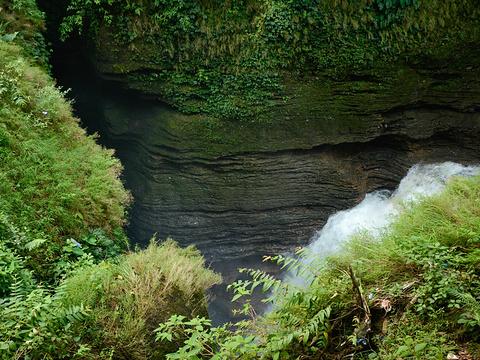 大卫瀑布旅游景点图片