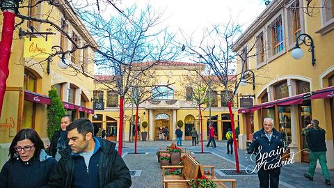 拉斯咯扎斯购物村旅游景点攻略图