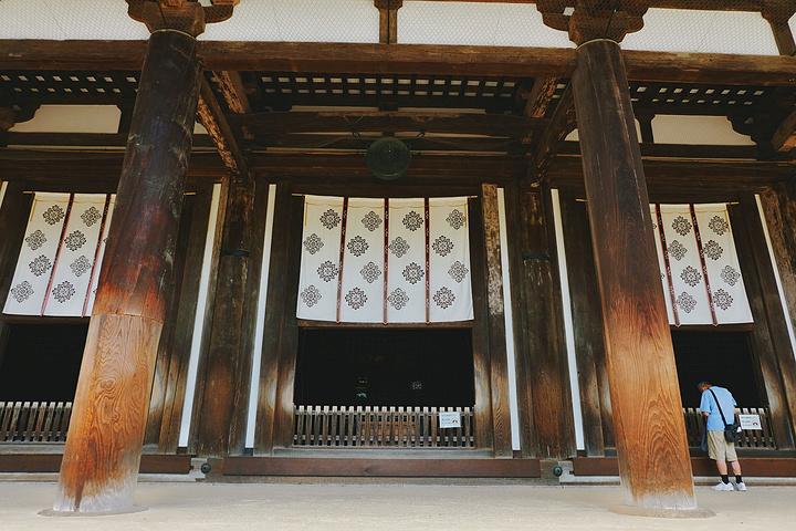 """""""对于唐招提寺,还是在关于梁思成和林徽因的文章里知道,知道那是国内难得见到的唐式木构建筑。_唐招提寺""""的评论图片"""