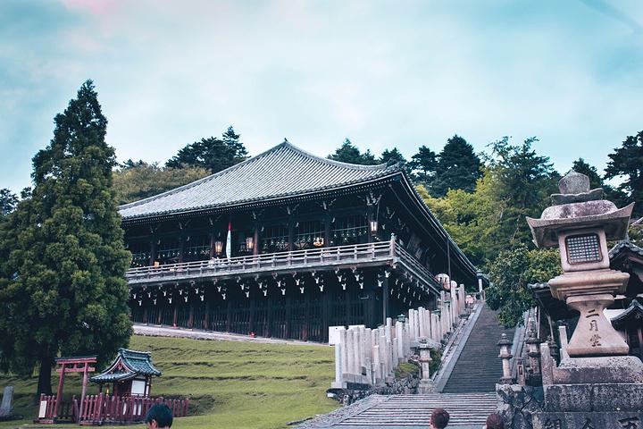 """""""从若草山下来走不远就是东大寺的二月堂了..._二月堂""""的评论图片"""