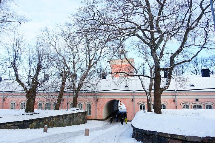 """""""芬兰堡建于250 多年前,是现存世界上最大的海防军事要塞之一,也是芬兰最为重要及著名的景点_芬兰堡""""的评论图片"""