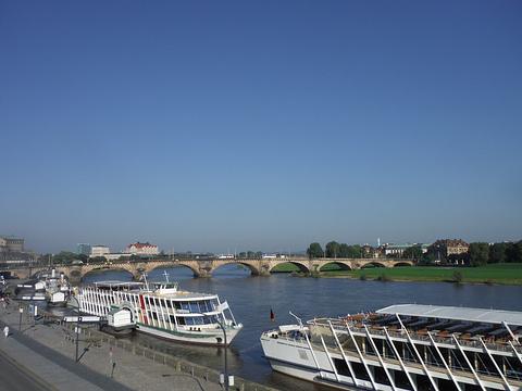 易北河旅游景点图片