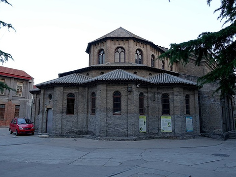 保定天主教堂旅游景点图片