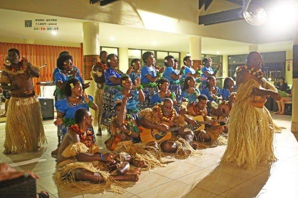 歌舞表演(斐济)图片