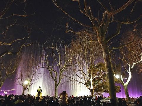 西湖音乐喷泉旅游景点图片