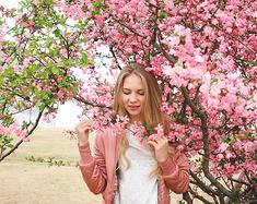 【镇江】郁枝翠叶园中聚,香粉抖蝶芬芳时。