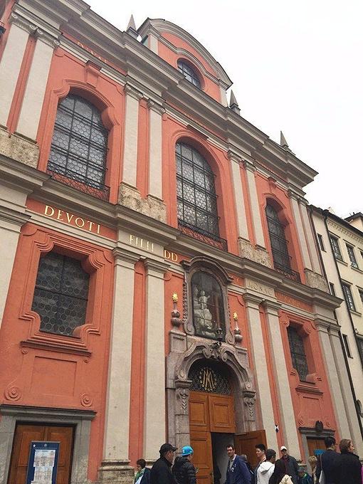 伯格塞尔教堂图片