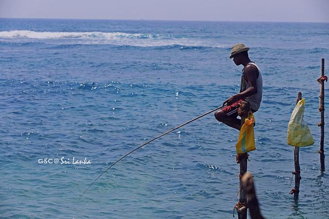 科格勒高跷渔民图片