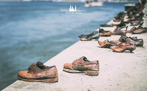 多瑙河畔步道的鞋子旅游景点攻略图