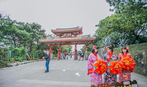 冲绳首里城公园的图片