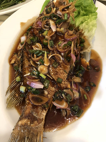 """""""真浪花园海鲜餐厅的味道真的很合胃口,分量也大,特别是招牌菜奶油虎吓,我们一人一只,很大一只,超级满足_珍南海滩""""的评论图片"""
