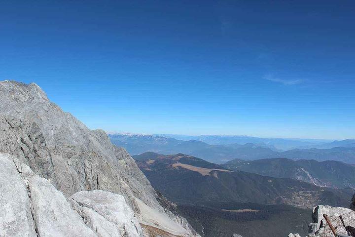 顶峰看吧_2019玉龙雪山是国内唯一一个可以攀爬的雪山,站在4680米的顶峰一 ...