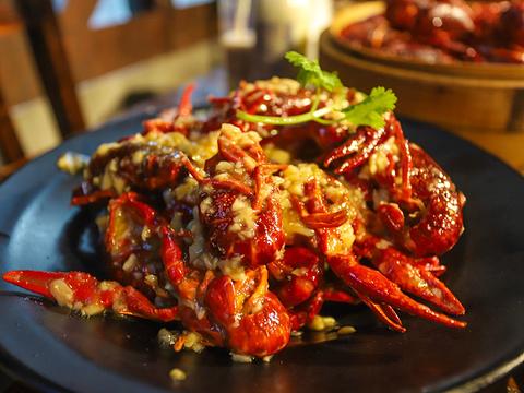 谭十三·小龙虾·烧烤·夜宵(船山路总店)旅游景点图片