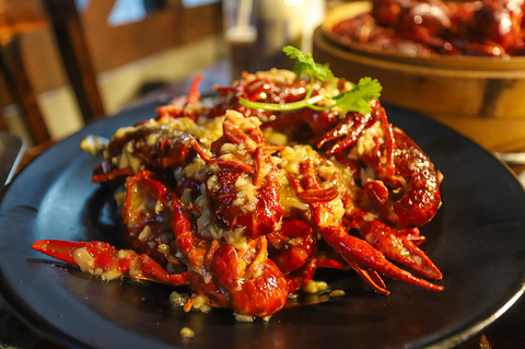 谭十三·小龙虾·烧烤·夜宵(船山路总店)的图片