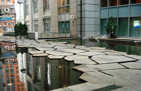 来福士广场旅游景点攻略图