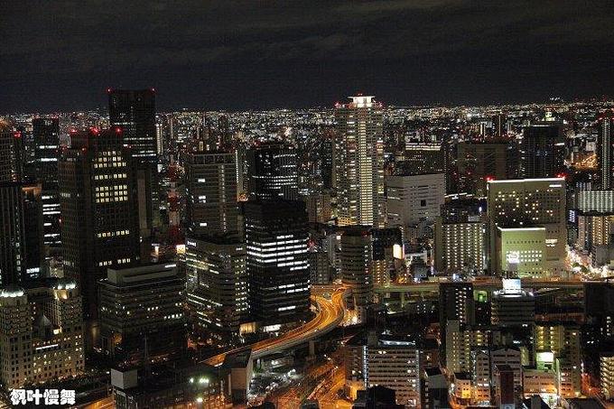 梅田蓝天大厦图片