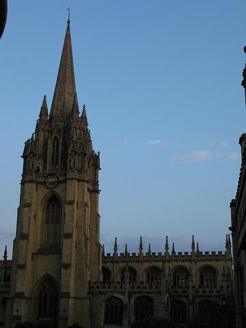 """...chCollege】是牛津大学最大的学院,是HarryPotter的霍格沃兹学校和饭堂的拍摄地_牛津基督教堂学院""的评论图片"