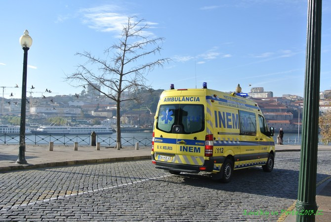 葡萄牙的救护车图片
