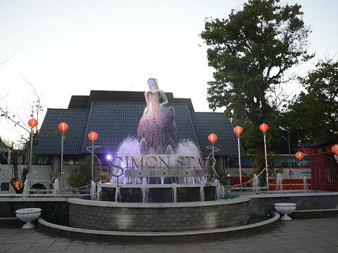 西蒙人妖秀旅游景点图片