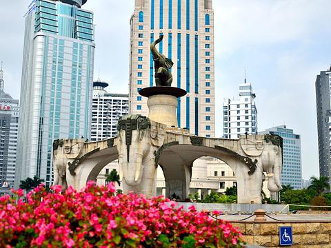 金湖广场旅游景点图片