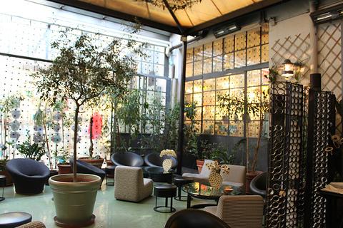 10 Corso Como时尚潮流店旅游景点攻略图