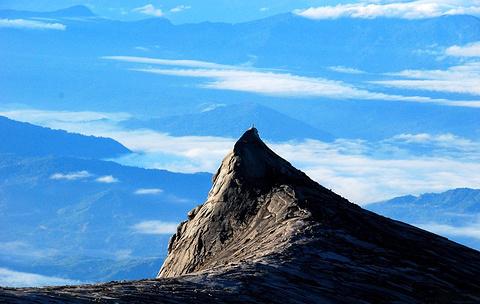 沙巴神山罗氏峰