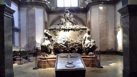 皇家墓室旅游景点攻略图