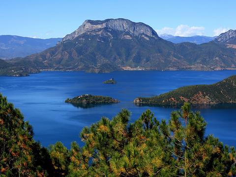 泸沽湖观景台旅游景点图片